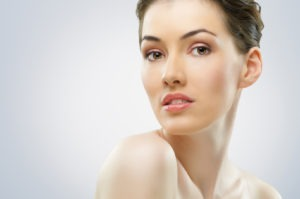 shutterstock_76581949-300x199 What are the risks of facelift surgery? | Northern Virginia